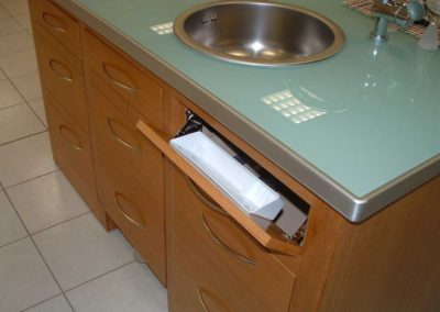 expo-tiroirs bois rangement cuisines février